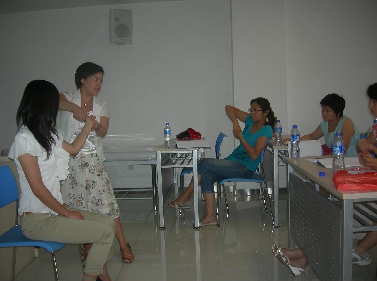 第八期(第1讲)小儿推拿家长培训班成功举办 - 小儿按摩网(小儿推拿网) - 小儿推拿按摩:爱意在指间流淌