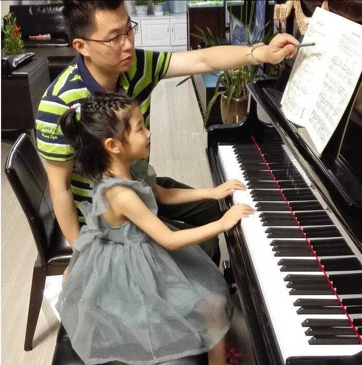 默简谱钢琴双手简谱
